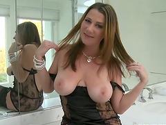 Passionate Katerine shakes her big..