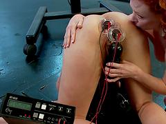 Dirty electro sluts cum to electronic..
