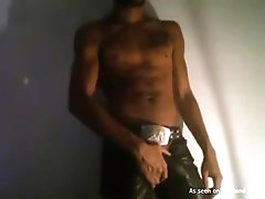 With those sexy abs he can do as many amateur videos as he pleases. Enjoy this amazing masturbation clip for free!