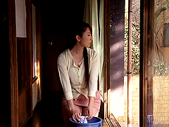 Yui Hatano gets her snatch toyed by an..