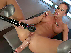 Machine fucks her anal and she pleases..