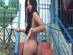 Karla Spice posing in outdoor