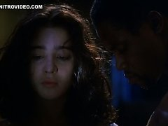 Hot Moira Kelly Is Forced To Show Her..