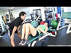 hot chick Melissa Lauren gets her..