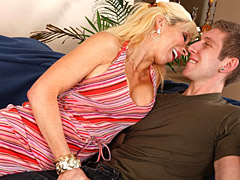 Milf seduces and blows