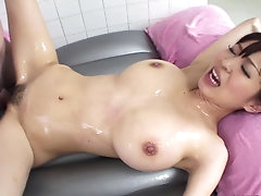 Hot japanese likes deep penetration