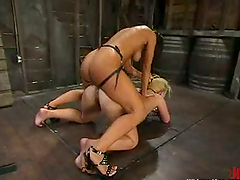 Blondie Sandra gets her twat twitched and then drilled