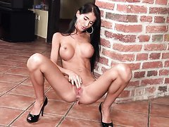 Stunning Brunette Teen Nessa Devil..