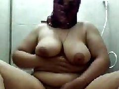 BBW Arab Babe Strips and Masturbates in an Amateur Porn Vid