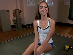 Riley Reid gets her pussy smashed by a..