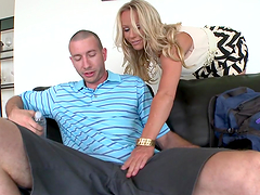 Rough sex with a smokinghot milf and a horny milf