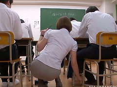 Japanese Teacher in Pantyhose Tamaki..