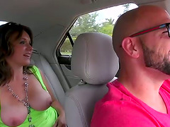 Brown-haired skank Chrissy Greene gets..