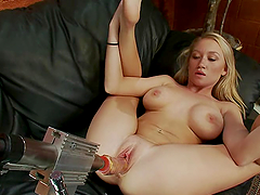 Blondie with huge melons is going to..