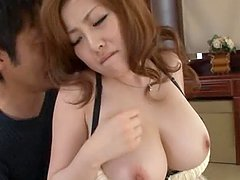 Rio Hamasaki Shows Her Big Natural..