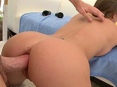 Gaping Action From A Hot Babe After..