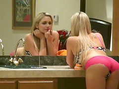 Thin Blonde Babe Mia Malkova Rubs Her..