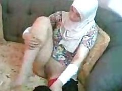 Exotic Arab Slut Gets Her Shaved Pussy..