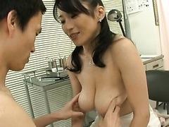 Cock-Loving Asian MILF Natsumi..