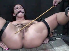 Sara Faye gets her snatch beaten and..