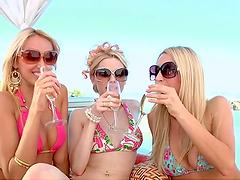 Horny lesbian sluts having hot lesbian..
