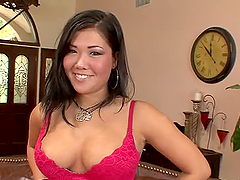 London Keyes the busty brunette gives..