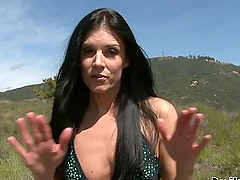 India Summer the horny brunette..