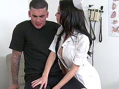 Veronica Avluv gets her vag fucked in..