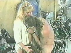 Retro swingers porn video in the garage
