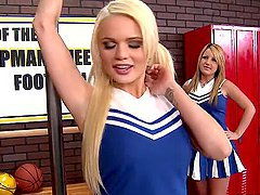 Horny Cheerleaders Alexis Ford And..