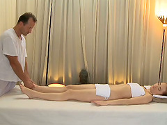 A massage therapy with this sex doll..