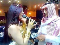 Arab Babes Dancing In a Dubai Night Club