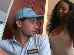 Horny Ebony Fucks The Cable Guy In..