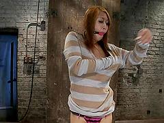 Slim Yuki Mori gets tortured and toyed..