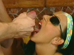 Amateur homemade threesome with facial..