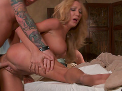 Hot Couple Does Hardcore Licking and..