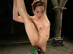 Flexible Pinky Lee gets her wet pussy..