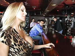 Julia Ann Is a Cougar on the Hunt For..