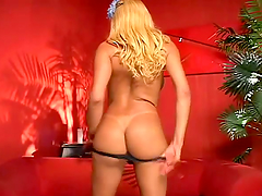Blonde tranny Lorena rubs her cock and..