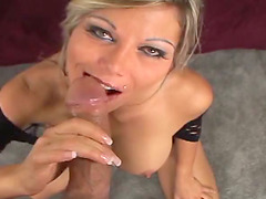 Busty blonde mom Ana Nova titfucks a..
