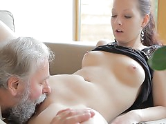 Teeny goes wild in threesome
