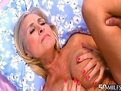 Mature Slut Gets Anal Fucked By Big..
