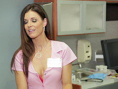 Rough threesome sex makes India Summer's day