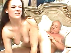Hardcore babe with shaved pussy is sucking an old cock