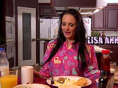 Lisa Ann gets a hardcore fuckin'