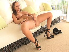 Crazy Solo Model in High Heels Fisting..