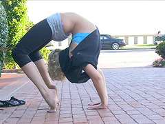 Sexy blond yoga girl will flash her..