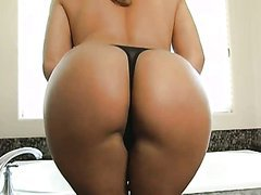 Hot Juicy Big Ass Slut Anal and Huge..