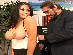 Sophia Lomeli gets her pussy licked..