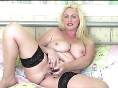 Curvy Sarah Daniel talks dirty as she..